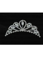 Tiara with Curved Sides and a Teardrop Middle with Crystals