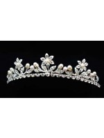 Tiara with Pearl Centered Flowers and Pearl Edged Stems